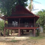 Thai style bungalow Hin Kong front