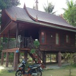Thai style bungalow Hin Kong side