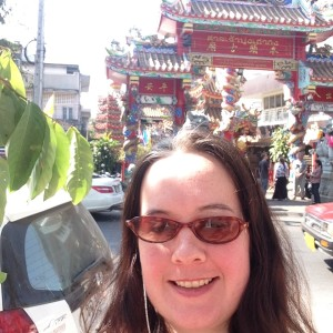 Selfie in front of the Chinese temple