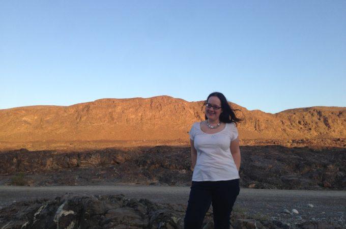 Ellen in Oman desert